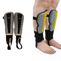 Wholesale 2Colors Sport Football Soccer Anti Crash Leg Shin Pads Guard Protector W Ankle Socks