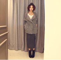 Wholesale New Women Fashion Leisure Loose Knitting Coat Lady Gray Lapel Neck Plaid Acrylic Women Swearter Made In China