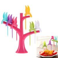 Wholesale Fashion Design Hot Sale New Creative Tree Birds Design Plastic Fruit Forks Stand Forks Hot Sale