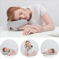 Wholesale New Product Mini Glove Piilow Ostrich Pillow Mini Arm Snapping Pillow High quality