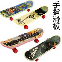 Wholesale Child finger skateboard toys Creative Funny Toys Finger SkateBoard Toys Finger Skateboard Patterns Professional Kid s Toys Pc