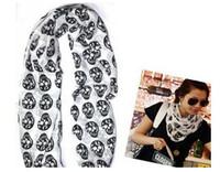 achat en gros de foulards en coton de marque de gros-Crâne d'expédition en gros sans écharpe de soie de coton de Noël longue cadeau cool Big Skull écharpe de coton Femmes Châle CHAUD longtemps concepteur