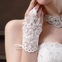 Cheap Bride Glove Wedding Party Dress Fingerless Rhinestone Lace Satin Bridal Gloves Feitong Bridal Accessory For Wedding BM