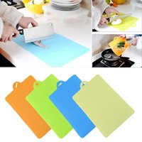 Wholesale Top Quality Set Practical Bendable Chopping Blocks Anti microbial Durable Chopping Board Set Plastic Cutting Board