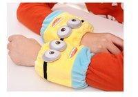 Wholesale 15 cm Christmas child cuff Cartoon single small yellow people eyes plush warmth antifouling protection sleeve B35
