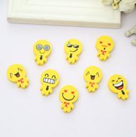 Wholesale High Quality Lovely Smiling Face Eraser Expression Small Doll Eraser Emoji Erasers Kids Gift Creative Stationery Promotional Eraser
