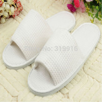 Wholesale Luxury White Cotton Waffle Hotel SPA Semi toes Slippers disposable one time hotel family travel slipper pairs