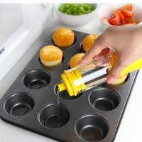Wholesale New Convenient Practical Silicone Honey Cooking Baking Oil Brush Pancake Oil Brush BBQ oil Brush Bottle