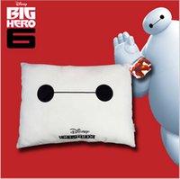 2015 42 * 33 * 16 grande herói 6 Baymax lençóis de algodão assento de tecido sofá carro escritório pescoço nap travesseiro almofada impressa Fluffy hold travesseiro TOPB2385 60PCS