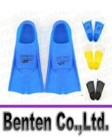 Wholesale Swimming Fins Diving Flippers for adult and children Silicone Fit blue yellow color with gifts LLFA2171F