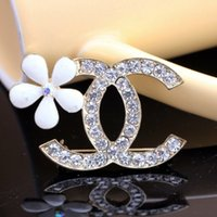 Wholesale 2015 NEW HIGH GRADE LADIES FASHION BROOCHES ACCESSORIES BAUHINIA DIAMOND CRYSTAL BROOCH CHAIN SCARVES BUCKLE AMPHIBIOUS DRESSES CORSAGE BROO