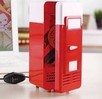 Wholesale USB mini fridge hot and cold dual cooling and heating a small refrigerator refrigerator fresh cosmetic kits