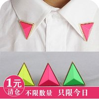 Wholesale Oh0105 fashion stereo triangle neon color candy color the collar clip brooch g