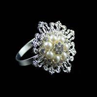Cheap 100pcs lot Diamond Pearl Serviette Holder Napkin Ring Wedding Party Favour Decor