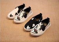 al por mayor pintado a mano dibujos animados los niños-2015 Nueva figura del animado de la historieta de los niños despreciable me 4 zapatos de los muchachos de los zapatos del minion / zapatos pintados a mano de las muchachas zapatillas de deporte ocasionales de los zapatos de lona
