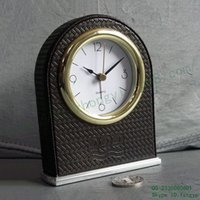 Wholesale Mats grain PU foreskin Room Alarm Clock Silent Sweep silent alarm lights rounded edges desktop
