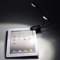 Gros-2015 Nouveau livre Lumières Mini lampes de lecture à pince double 2 Arm 4 LED Livre de lecture Pupitre Lampe