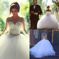 Robes de mariée de luxe en cristal 2015 strass Sheer Top manches longues organza blanc Lace-up Retour Organza blanche arabe Robes de bal de mariage