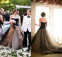 Wholesale Garden Wedding Dresses With Sleeveless Black Tulle Strapless Color Tiers vestido de novia Train Bridal Dresses Ball Gowns Custom Made