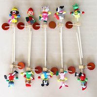 Wholesale Its owner Explosion models wooden toys wooden shakes hand drum drum happy puppet stall selling temple