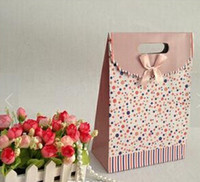 Wholesale Stand up handle bag solid favor bags gift paper bags colorful thick and strong