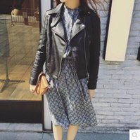 Wholesale Spring New Arrivals Europe Style Pretty suit collar woman leather motorcycle jacket Cultivate one s morality Tailored fit coat