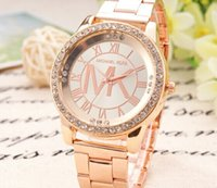 Wholesale fashion Steel band watches Ms Diamond wrist watch Men s stainless steel table gold silver and rose gold three colors