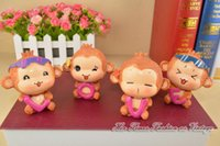 Wholesale Monkey Love Car Ornament Furnishings Decoration Love You Laugh Monkey Inner Car Accessories Resin Doll Decoration Birthday Gift Handigraft