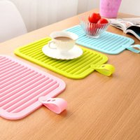 Cheap Kitchen Multi-use Cup Bowl Heat Insulation Mat Silicone Tablemat Can be Hanging And Rolling Kitchen Accessories