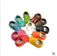 Wholesale Baby moccasins soft sole moccs genuine leather prewalker booties toddlers babies boys girls first walker leather shoes maccasions shoe