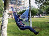 Wholesale 50 Summer Lightweight Nylon meshy hammock light and portable Single Max load KG cm mix color