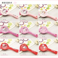 Wholesale Hello Kity Combs Cute Princess Antistatic Hair Combs Massage Airbag Hair Combing Good Quality Making Up Comb Girls Cartoon Gift Lovely Comb