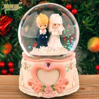 Wholesale Boutique gift crystal ball music box music box creative romantic Valentine birthday gift to send his girlfriend wife