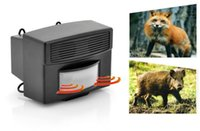 Wholesale Ultrasonic Animal Repeller Three Frequencies PIR Motion Detection squirrels foxes cats dogs