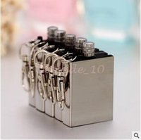 Wholesale 500pcs CCA3225 High Quality Waterproof Outdoor Camping Standing Flints Match Metal Striker Lighter With Keychain Survival Silver Matches