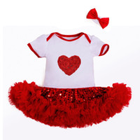 Wholesale Love Heart Pattern Cotton Baby Rompers with Sequin Tutu Dress Baby Romper Set Newborn Birthday Jumpsuit Set Baby Dress Girl Clothing Nb M