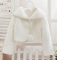 Wholesale Newest style Long sleeve winter warm cape shawl faux fur Girls Capes and Jackets Wedding dress accessories yzs168