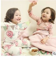 Wholesale 2014 Fall Girl s White Flower Print Clothing Set kids Long Sleeve tops pants Night Suit For Children Cotton Pajama Set A4972