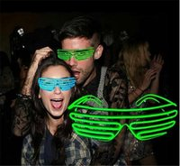 100PCS chaud 10 COULEURS El Fil Mode Neon LED Light Up Shutter forme Glow Lunettes Rave Costume Party DJ SunGlasses flash D604