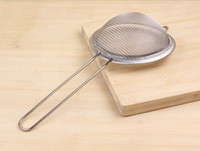 Wholesale New arrivel Stainless Steel Fine Mesh Skimmer Flour Colander Sieve Sifter Oil Strainer Tool for cook