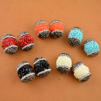 Wholesale New Design Shell Beads Engraved Flowers Mixed Color Connector Crystal Rhinestone Paved Spacer Beads For Bracelet Jewelry Making