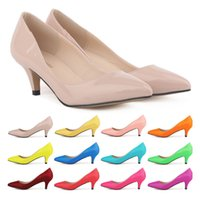 Wholesale Sapatos Feminino Fashion Womens Sexy Low Mid Kitten Heels Shoes Pu Patent Leather Pointed Pumps US Size D0069