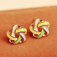 Wholesale Korea new jewelry best time Su Man with paragraph earrings cute earrings surrounded by flowers