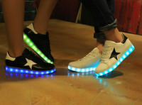 Wholesale Colors New Mens Womens Sneakers Luminous USB Charging Colorful LED lights Sneakers Casual Flat Shoes Zapatos Hombre Muj