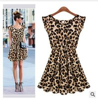 Wholesale Sexy leopard dress casual short sleeved round neck leopard dress