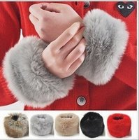 Wholesale Brand New Winter Women Imitation Rabbit Fur Wrist Sleeve Sleeve Ornament Cuff Wristband winter Oversleeve Gloves LJJD872 pairs