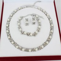 Wholesale new European and American fashion imitation pearl K gold necklace earrings bracelet jewelry accessories