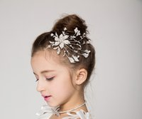 Wholesale 2015 flower girl deserve to act the role of original insert fashion hair combs crystal flower ornaments head dress flower accessories