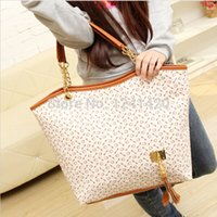 beige leather handbags - New tassel leather women handbags big girls vintage famous designer ladies party luxury brand purse black shoulder bag