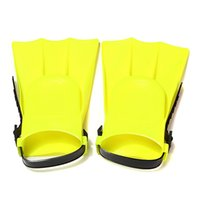 Wholesale New High Quality Yellow Fashion Soft Adjustable Flippers Fins For Toddlers Learn Swimming kid Children in Swimming Pool Beach